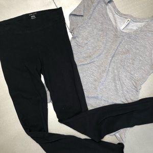 WET SEAL dark black leggings +FREE grey t-shirt M
